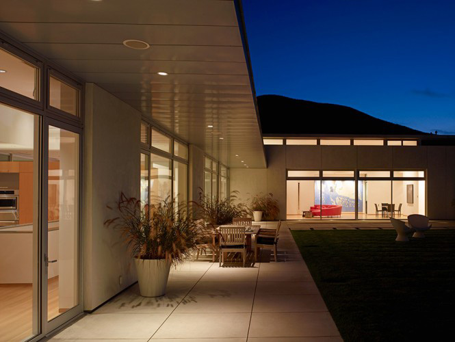 The Sharpe residence is an extreme modern glass home designed by Zoltan Pali of SPF: architects for Steve Sharpe. The 10,000 square foot home is located on ...